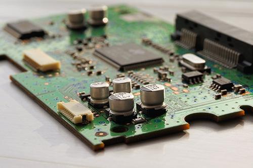 如何选择双线虚拟主机托管服务商
